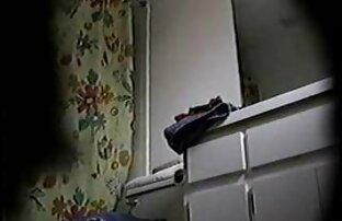 الحجرة مارس الجنس امرأة سمراء مع افلام اباحيه اجنبيه مترجمه العصير والكعك في جوارب سوداء ثونغ