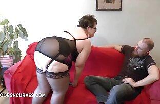 رجل الأفلام الجنس مع عشيقته و cums في على ظهره في الظلام اباحية اجنبية