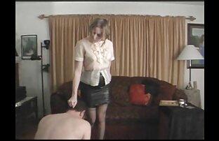 امرأة شابة مع التمسيد بوسها مع مواقع اجنبيه اباحيه أصابعها ووضعها حتى النشوة