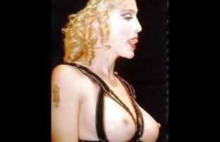 سيدة مع الفخذين العصير إدراج أفلام أجنبية إباحية قبضة في الحمار ويحب استخدام يديها أمام شاشة كاميرا ويب